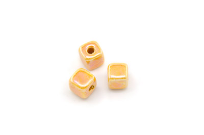 cube 8mm orange x1pc